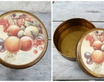 Vintage 1930/30s French round  tin box / Les rigolettes Nantaises