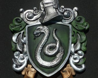 Slytherin Crest for Wall hanging or desk, reproduction, Harry Potter