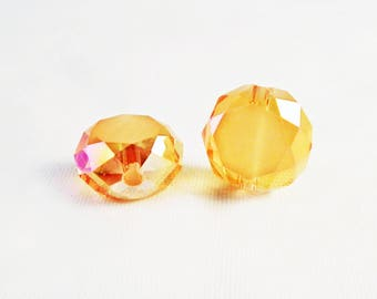 PAC93 - 2 beads gemstone yellow gold smoky reflections Center white 12mm X 8 mm faceted Crystal