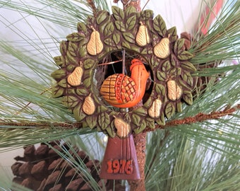 1976 Partridge in a Pear Tree Twirl-About Hallmark Tree Trimmer Collection Christmas Ornament, Dated 1976