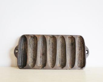 Sold *** Vintage Cast Iron Cornbread Mold
