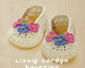 Little Garden Ballerina Baby Booties Preemie Socks Newborn Shoes Crochet Pattern & Flower Applique (LGB01-W-PAT)