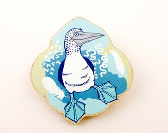 Blue footed booby pin, Blue footed booby jewelry, Blue footed booby art, animal jewelry, Blue footed booby gift, bird, bird pin, wooden pin