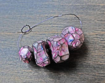 Four (4) handmade art beads of polymer clay- faceted fuchsia magenta hot pink by fancifuldevices