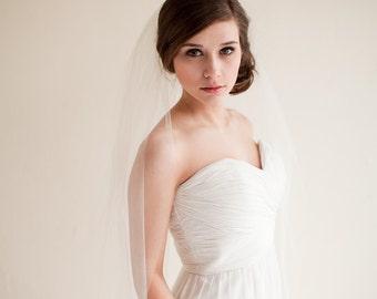 Fingertip Veil, Bridal Veil, Tulle Veil, Wedding Veil 40 inches - Clara Style 7713