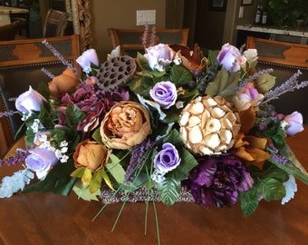 Spring Floral Arrangement, Elegant Floral Centerpiece,  Floral Arrangement, Elegant Lavender Floral Arrangement, Purple Lovers Floral Design