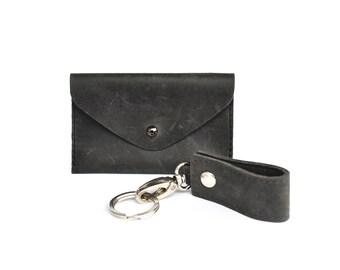 Geschenkset mit Leder Kartenetui und Schlüsselanhänger rotbraun Unisex mini Portmonee