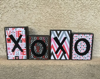 Valentine's Day blocks - xoxo