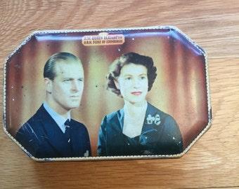 H M Queen Elizabeth 11 Coronation Tin