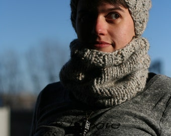 MADE TO ORDER - Winter Hand Knit Cowl, Chunky Knit Cowl, Circle Scarf, Many Colours Available