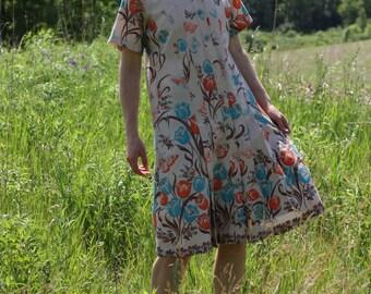 Vintage 70's Dress Short Sleeve Floral Pleated Midi Button Up Tea Dress DAPHNE LOGAN Small / Medium