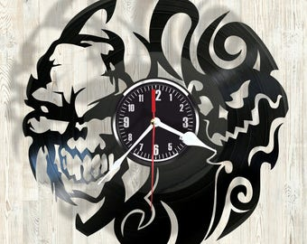 SKULL vinyl record wall clock best eco-friendly gift for any occasion