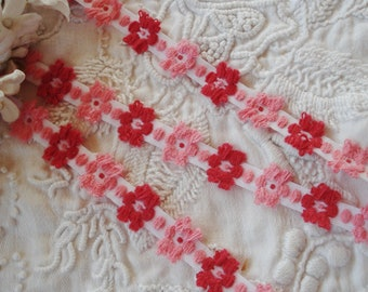 """1y Vintage Red Pink 3/8"""" Daisy Flowers Floral Schiffli Venise Petite Applique Lace Tape Embroidered Trim French Bebe Doll Ribbon Sewing"""