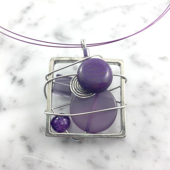 Square metal stainless necklace colors, purple, beads pewter and stainless steel tiger tails, les perles rares