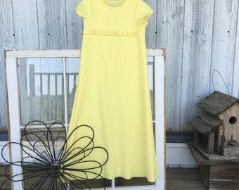 Size 3 yellow knit dress