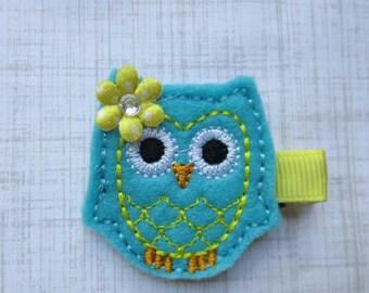 Aqua with Yellow Ollie Owl Hair Clip