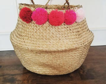 Large Seagrass Basket with Ombre Pink Poms, Natural Panier Boule Storage Tote