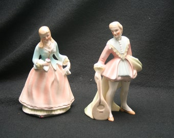 Coventry,USA, Victorian Couple Figurines