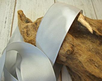 Grey Pewter Silver Wired Taffeta Ribbon