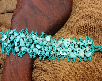 Beaded Stone Chip Bracelet - Natural Turquoise