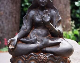 Kuan Yin Statue, Garden Goddess, Garden Sculpture, Buddhist Deity, Goddess Statue, Altar Decor, Goddess of Mercy, Spiritual Art, Kwan Yin