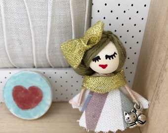 Doll brooch with Cat