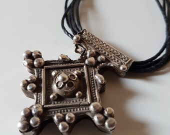 Old berber silver southern cross called Boghdad, Southern Morocco jewelry, Moroccan Boghdad, Amazigh jewelry