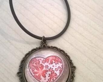 Cabochon 25mm heart pendant necklace