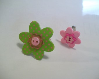 Spring Flowers button rings