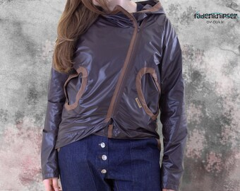Unique-Summer Rain jacket in fadenknipser form