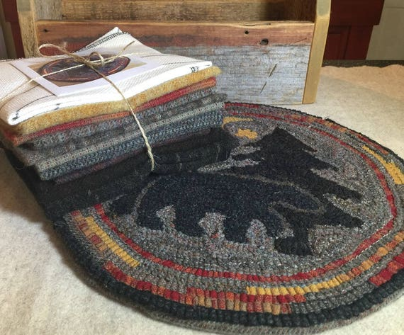 "Rug Hooking Kit for ""Moonlight Bear"" Chair Pad,  14"" Round K111"
