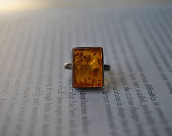 Vintage Sterling Amber Ring - 1960s Modern Silver Ring, Baltic Amber Ring
