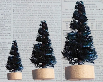 Set of 6 Vintage Style Bottle Brush Trees 2 Each of 3 Sizes in Green Color for Christmas Holiday Crafts