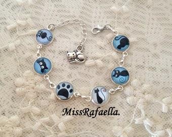 Silver cameo Bracelet Blue Cats.