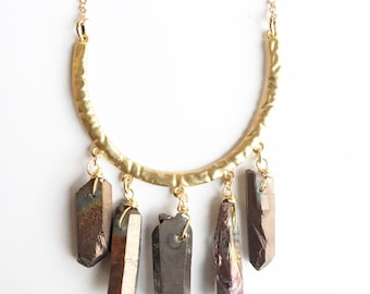 Gold-digger statement necklace.  Agate gemstones