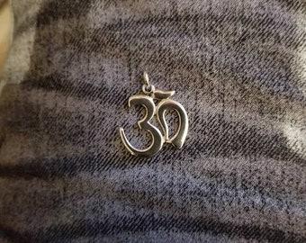 Om pendants