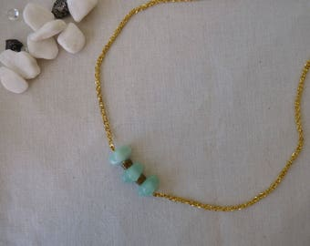 Necklace turquoise beads and gold chain