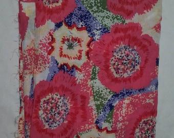 Bold floral Viscose piece