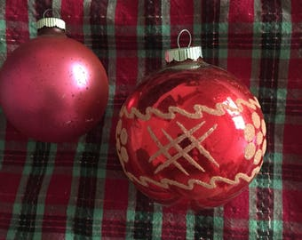 Pair of vintage Shiny Brite glass Christmas ornaments