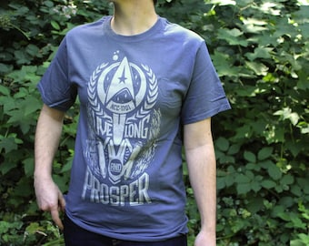 Star Trek Shirt   Live Long and Prosper Star Trek T-shirt   Spock shirt in Vintage Blue with silver ink   Available In Plus Sizes