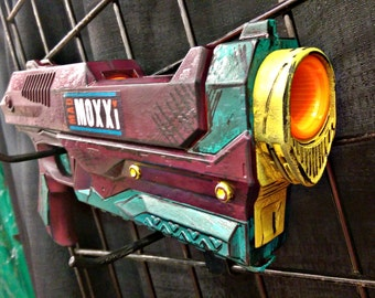 Border Lands inspired Moxxi's Ruby modified Nerf Gun