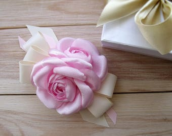 Camellia CAMELLIA FABRICS, brooches camellia style, color style, Summer 2017, handmade flowers, pink camellia, pink brooch