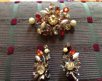 Vintage 60s BeauJewels Signed FAux Pearl Orange Red Amber Topaz Rhinestone Demi Parure  Brooch Clip Earrings