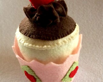 Kids Felt Play Food Cupcake