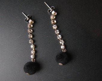 Vintage 50s 60s RHINESTONE Drop Earrings w/ BLACK VELVET Ball 1950s 1960s