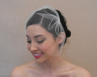 Wedding Mini Tulle Birdcage Veil in Light Ivory Off-White White Blush Champagne Gold Matte Black - Ready to Ship in 3-5 Business Days