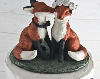 Realistic Fox Wedding Cake Topper - Kissing Cheek