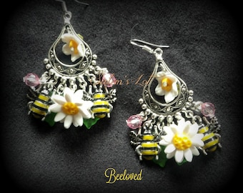 Beeloved . bumble bee, flower, fairy fantasay pagan handfasting gothic witch