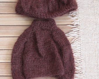 Sweater and beret for Blythe