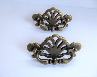 Vintage Drawer Pulls, Pair of Bronze Pulls, DIY Reclaimed Hardware, Ornate Antiqued Brass Cabinet Pulls, Replacement Pulls